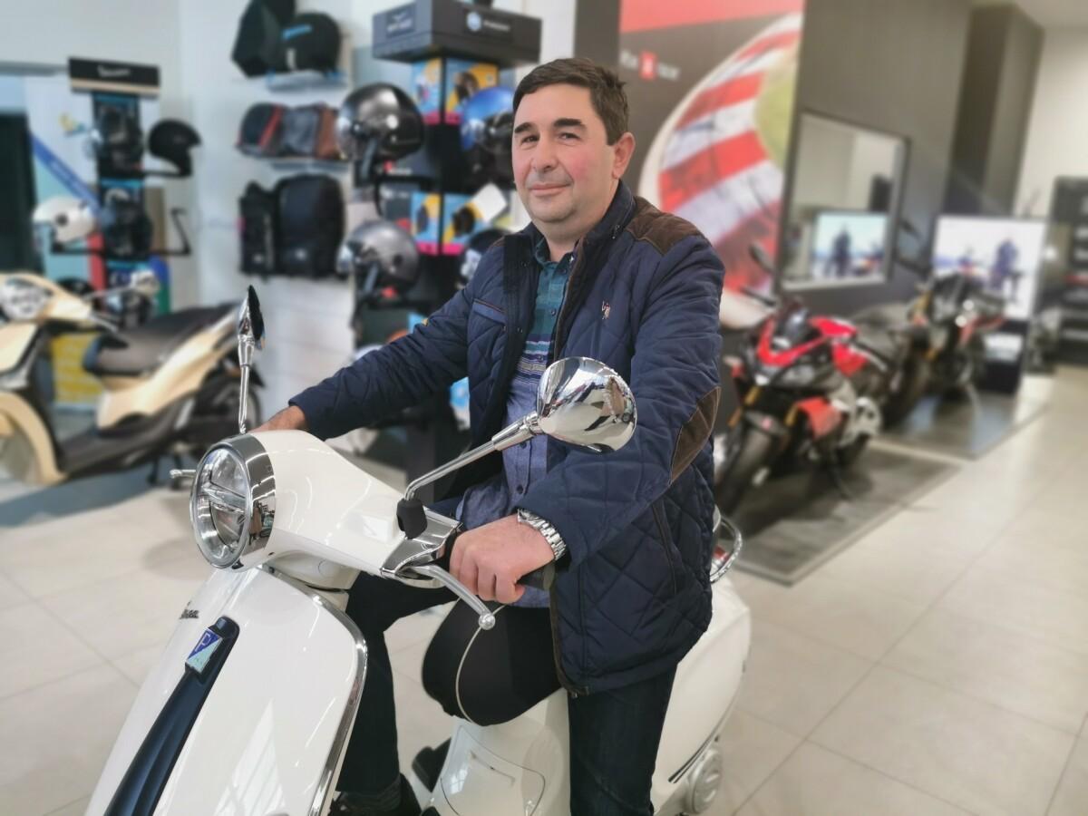 Най-късметлийската Vespa вече има своя собственик